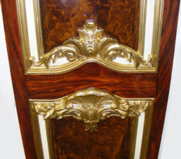 Decorative Gold Leaf, woodgrain panel, specialist decorating UK, specialist decorators