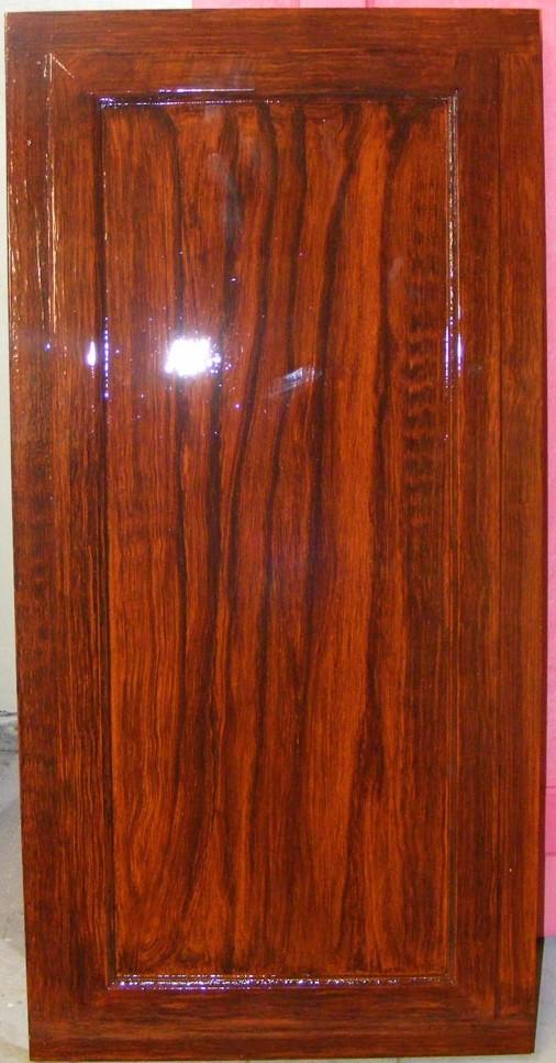 Mahogany Wood Grain Panel, created by Devlin in Design specialist decorators, for Silk Restaurant, Allure of the  Seas cruise ship.